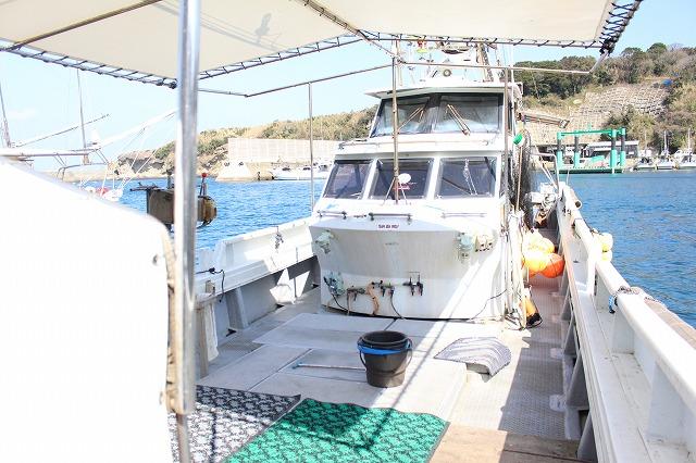 船内 ゆったり 釣舟 釣り 広い スペース